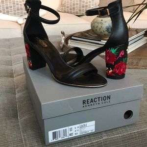 Kenneth Cole Reaction Lolita 2 heels